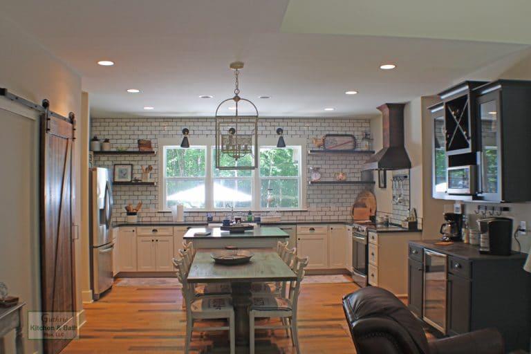 Farmhouse Kitchen Design 2020